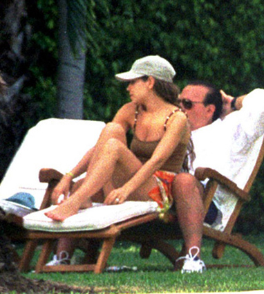 Thalía & Tommy Mottola in Miami Beach  [HQ]