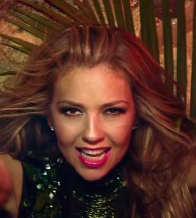 Thalía – Como Tú No Hay Dos ft. Becky G